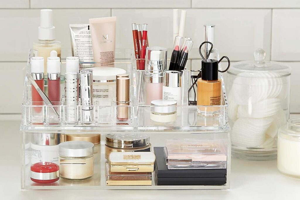 Best cosmetic makeup organizer