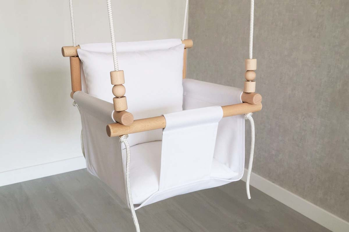 10 Best Baby Swing Seats